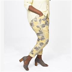 MADE IN ITALY YELLOW EMBELLISHED FLOWER PANTS