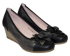 SOFT STYLE BLACK SANDAL - MIHALY