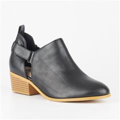 BUTTERFLY FEET BLACK CAPRICORN BLOCK HEEL BOOT